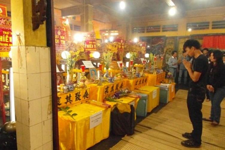 Đám tang gia đình Lê Minh Phương