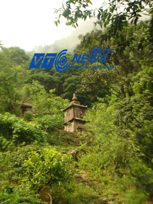 Những chuyện ly kỳ trên dãy Yên Tử