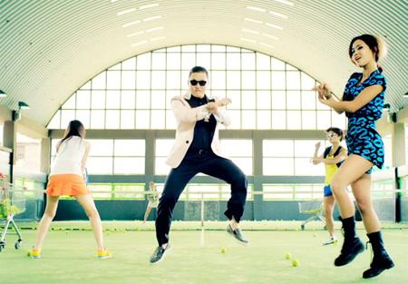 Clip Psy biểu diễn tại Mỹ: