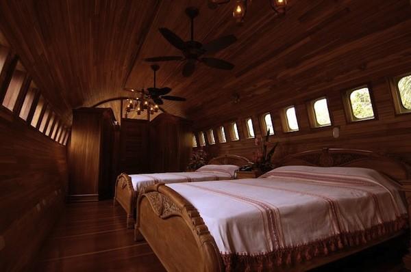 Ảo giác tranh vẽ 3D, biến máy bay thành khách sạn 8