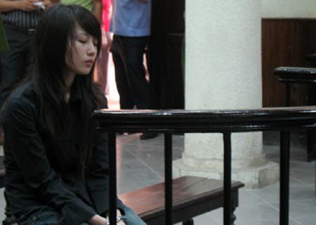 Lê Thị Bình ngày bị đưa ra xét xử