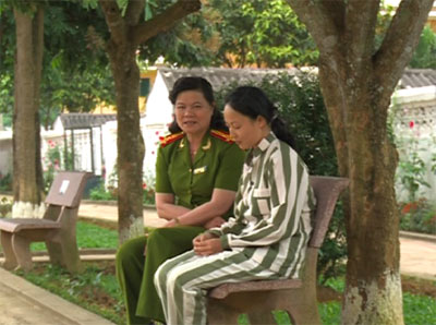 Lê Thị Bình luôn nhận được sự quan tâm, động viên của Ban lãnh đạo Trại giam số 5