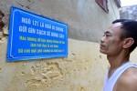 Ngõ nhắc nhở đổ rác bằng thơ thay biển cấm ở Hà Nội