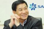 Bố chồng Hà Tăng bán mì phở ở sân bay