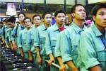 Lao động Việt ở nước ngoài: Làm, ăn, ngủ và lướt web