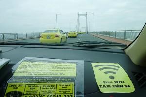 Đi taxi wifi miễn phí lần đầu tiên ở Việt Nam