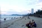 Sẽ có bãi tắm đêm ở Nha Trang