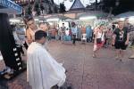 Chàng trai Nhật đi vòng quanh thế giới cắt tóc miễn phí