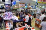 """Kinh tế khởi sắc, người tiêu dùng """"bạo tay"""" mua hàng công nghệ"""
