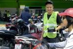 Nhân viên phục vụ Sài Gòn kiếm hơn chục triệu mỗi tháng
